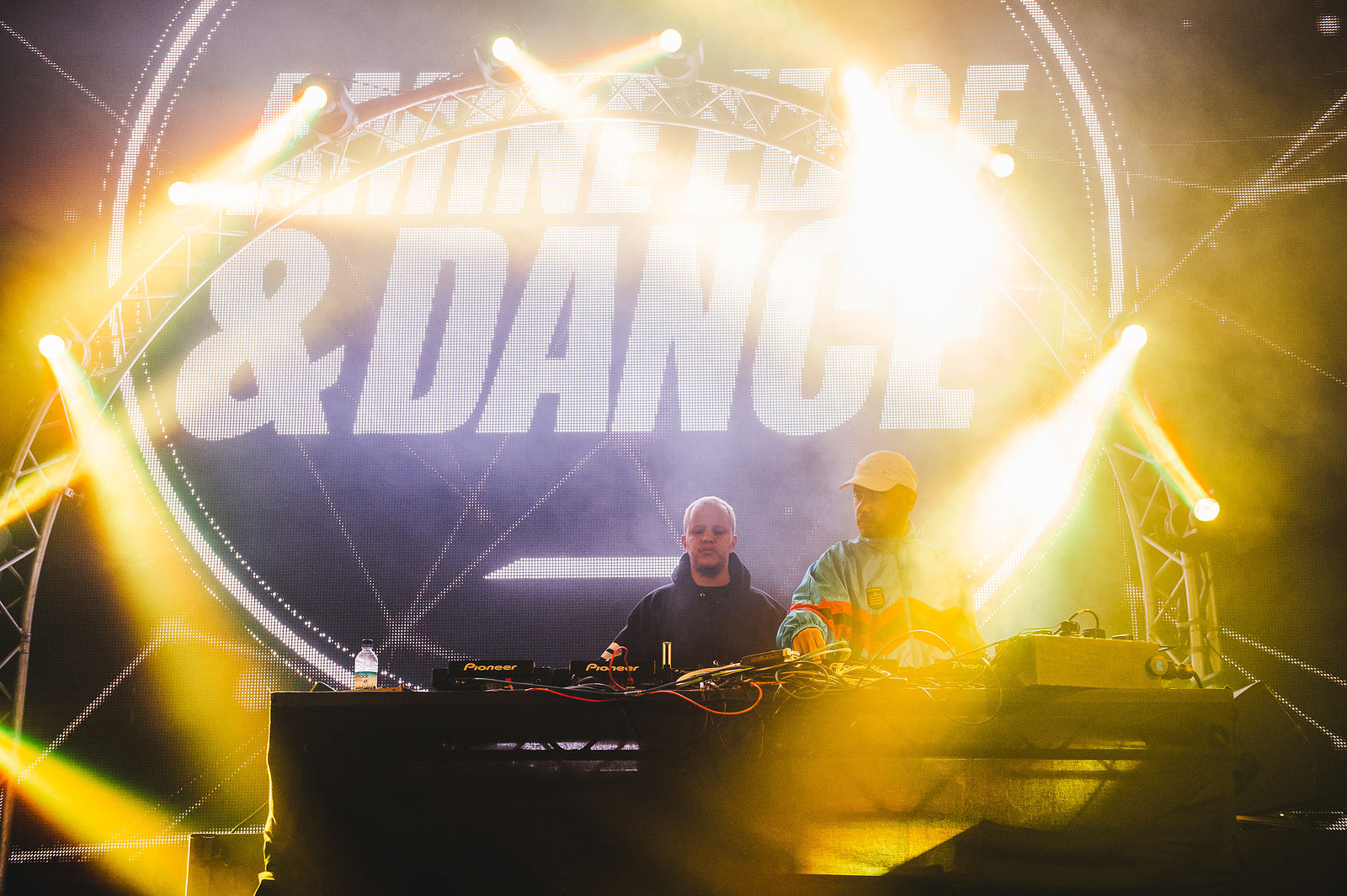 Amine Edge & Dance