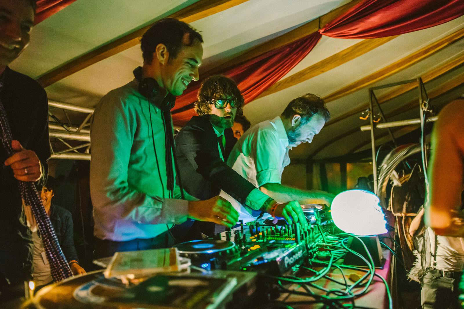 Jarvis Cocker & 2 Many DJ's