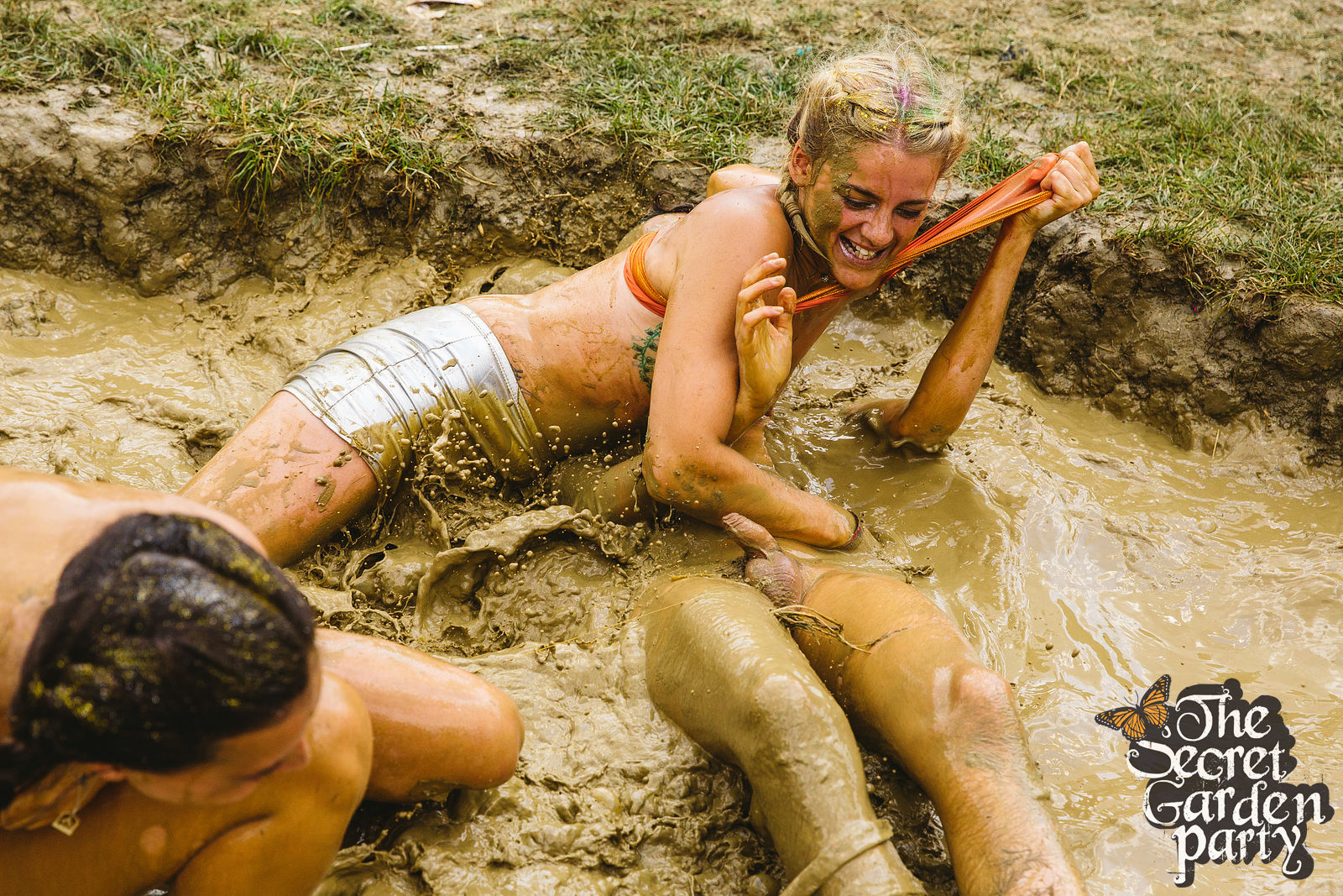 Girls mud wrestling think, that