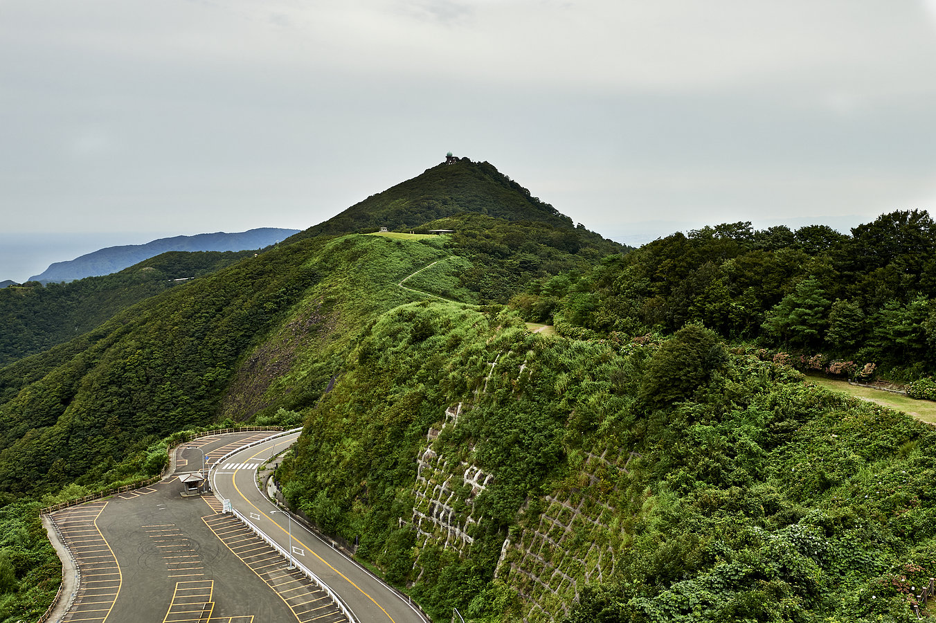The Place In-Between, Japan