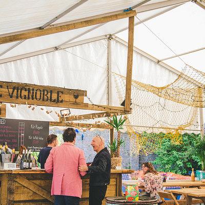 Le Vignoble Wine Bar