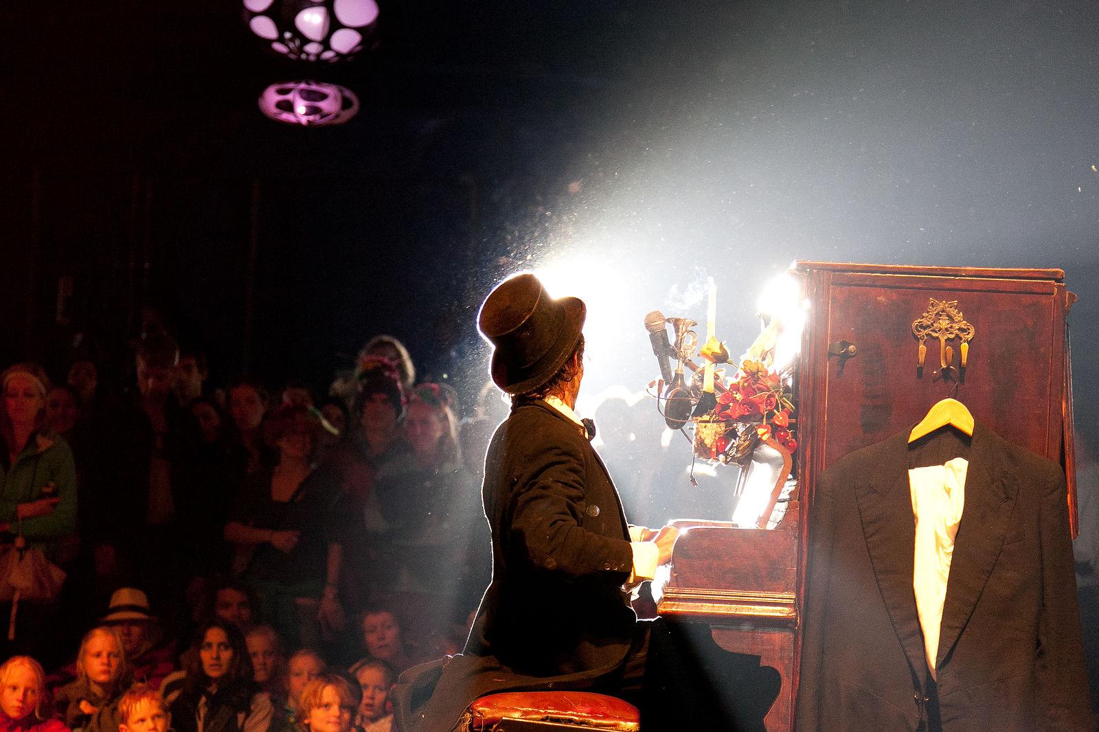 Kamikaze Cabaret