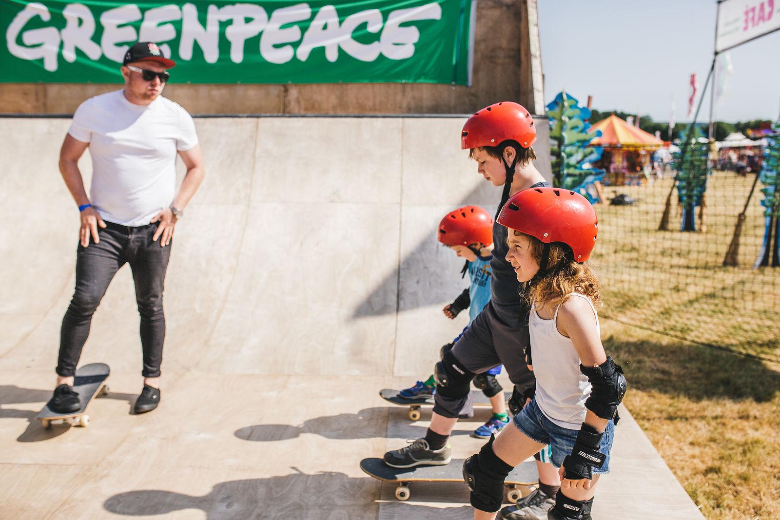 npeace Skateboarding