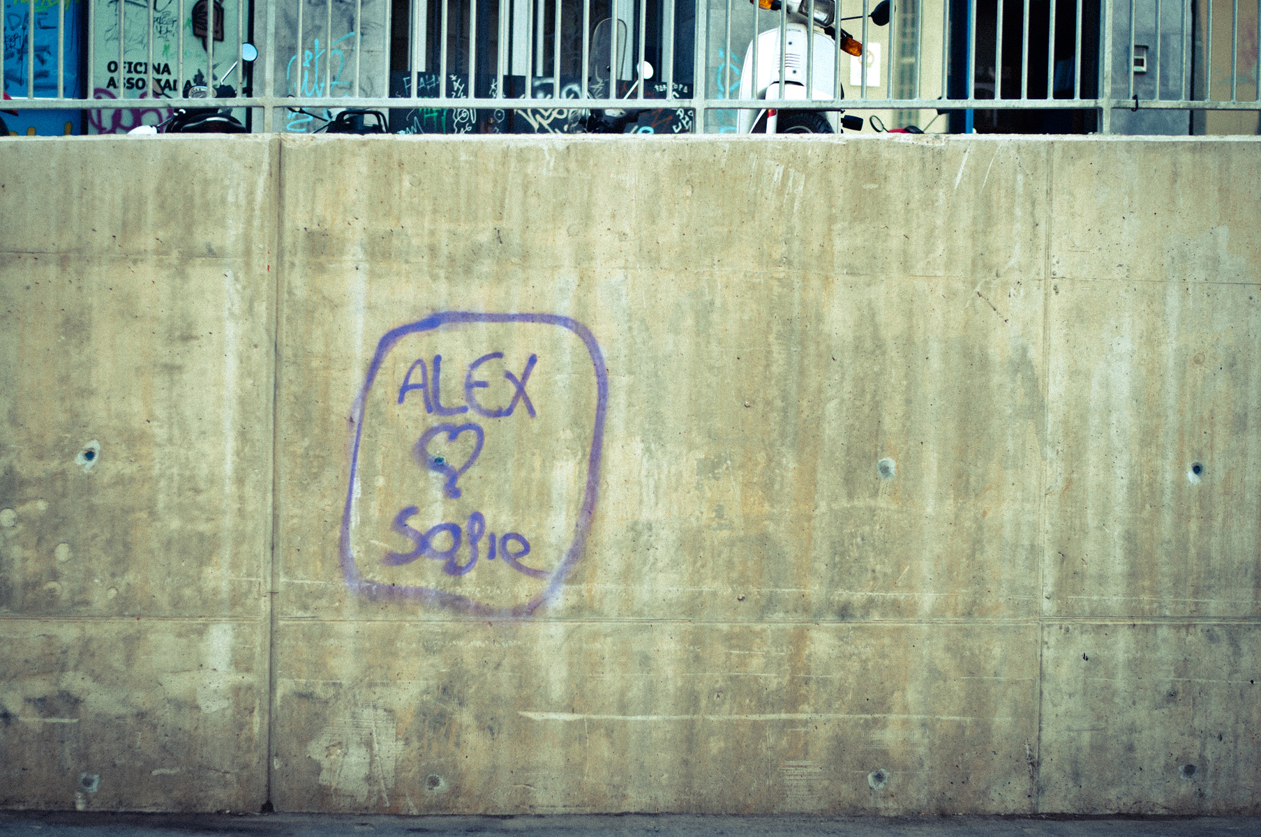 ...but does sofie <3 Alex?