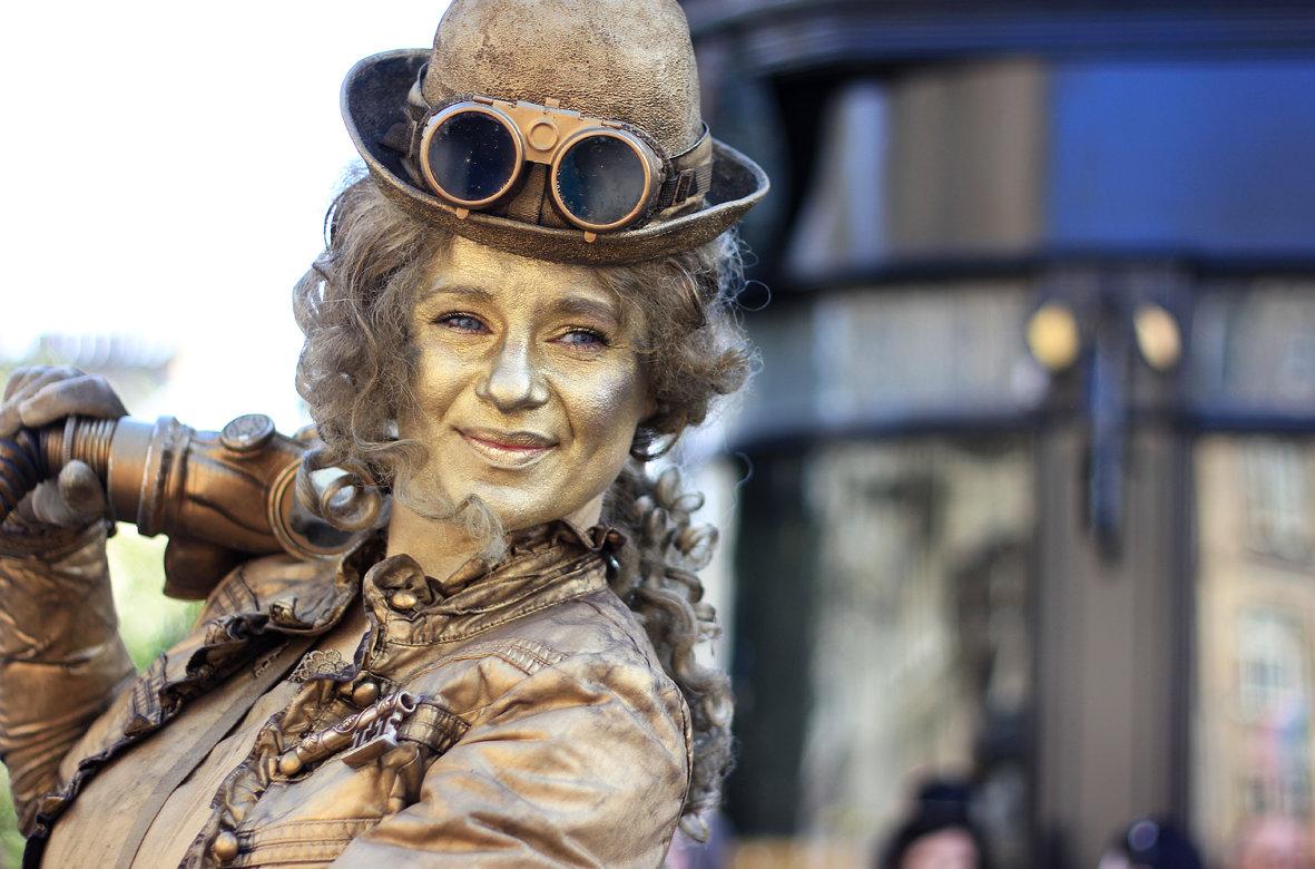 Edinburgh Fringe Festiva Artist  2014