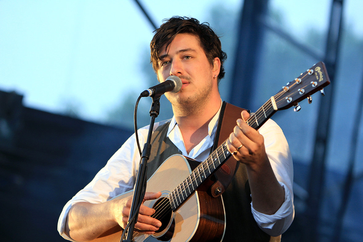 Mumford and Sons- Gentlemen of the Road 2012