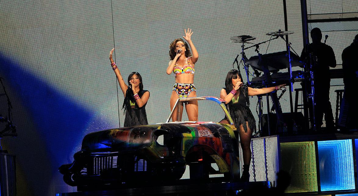Rihanna Manchester M.E.N, 2011