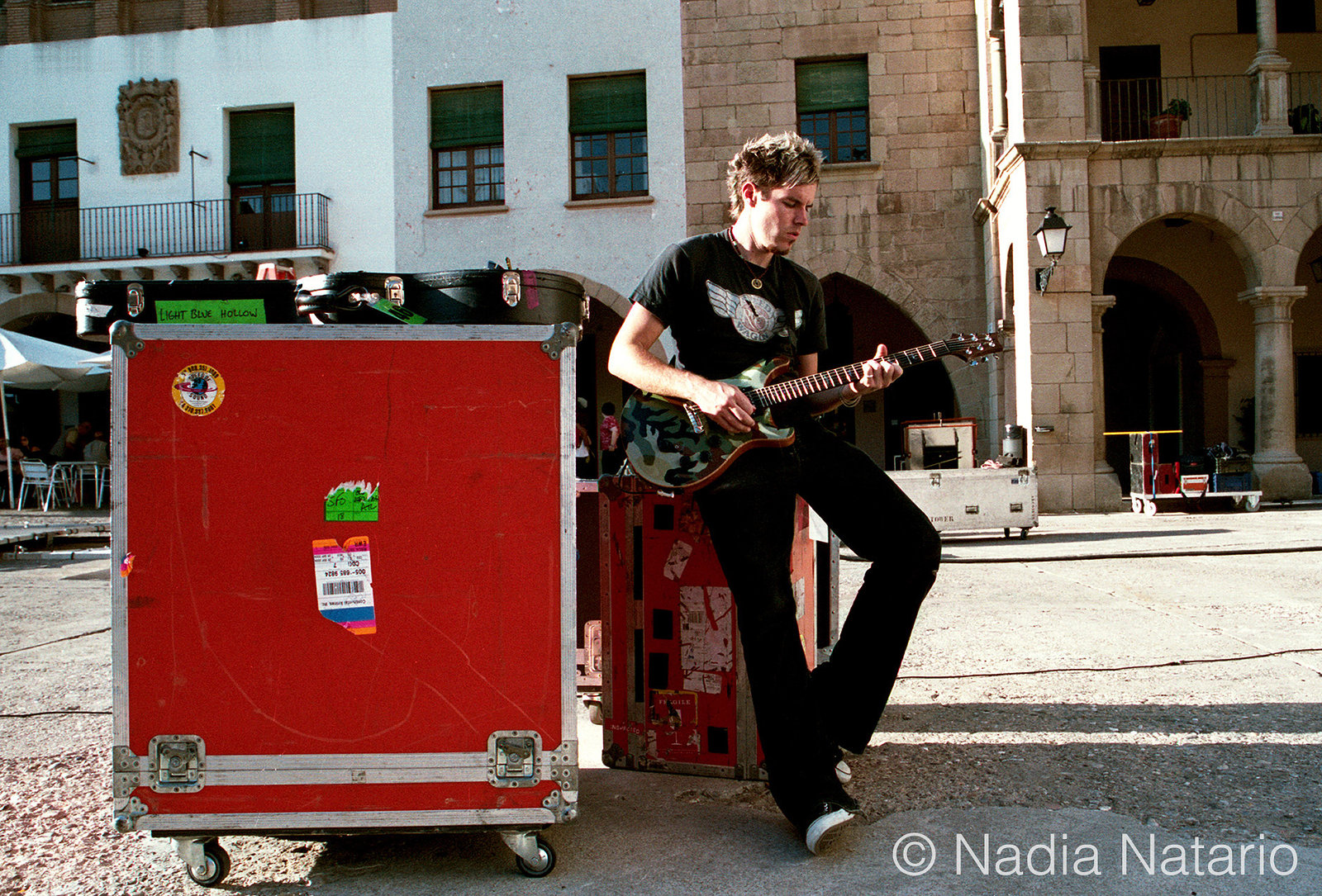 Dan Estrin of Hoobastank on location of their video shoot for 'Disappear', Barcelona 2004