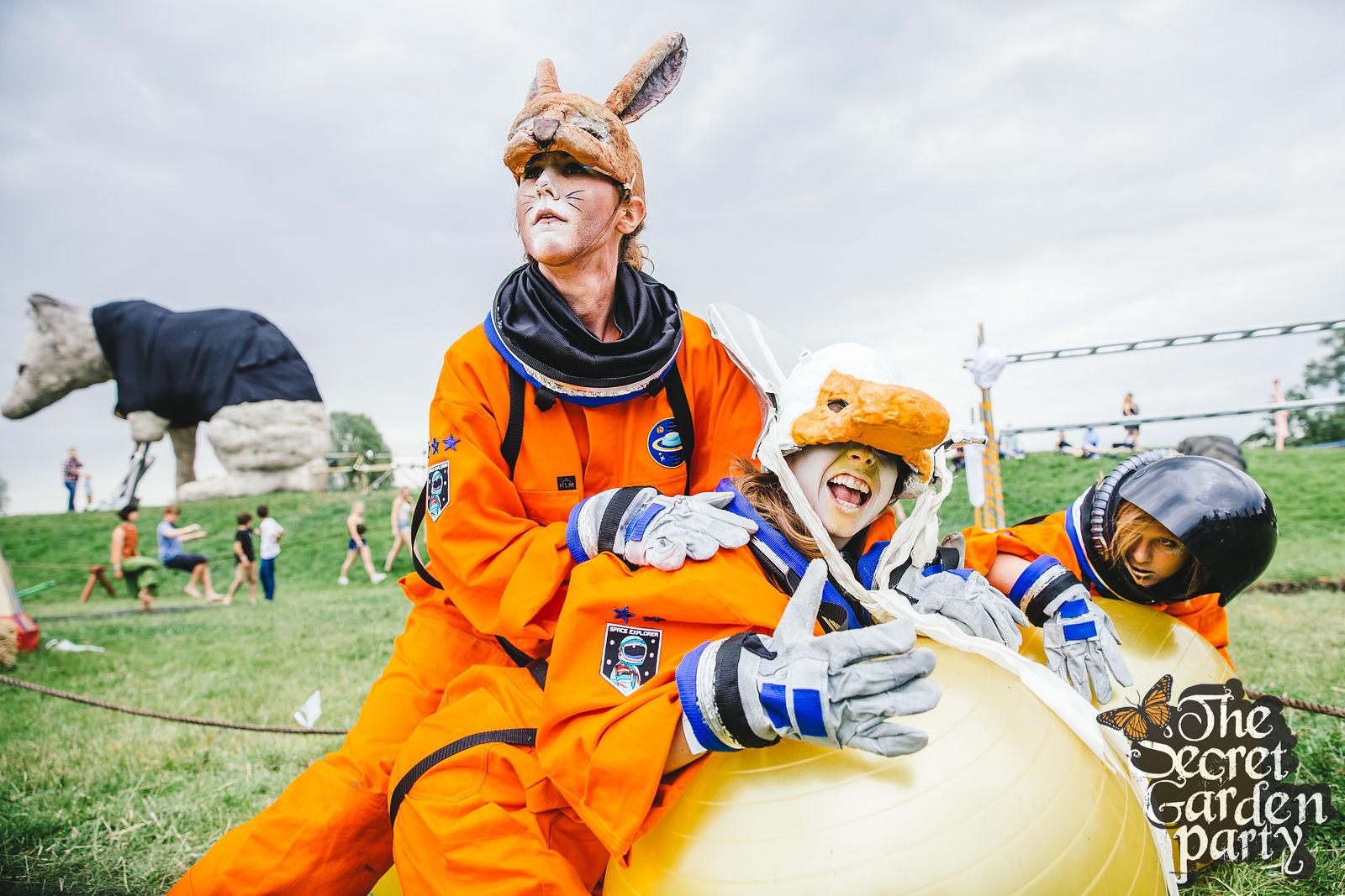 A.S.S. (Astronaut Survival School)