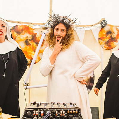 Shesus is a DJ