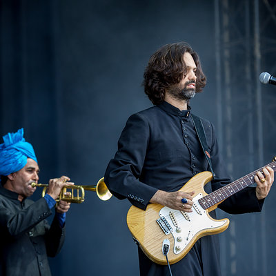 Junun Feat. Shye Ben Tzur & The Rajasthan Express