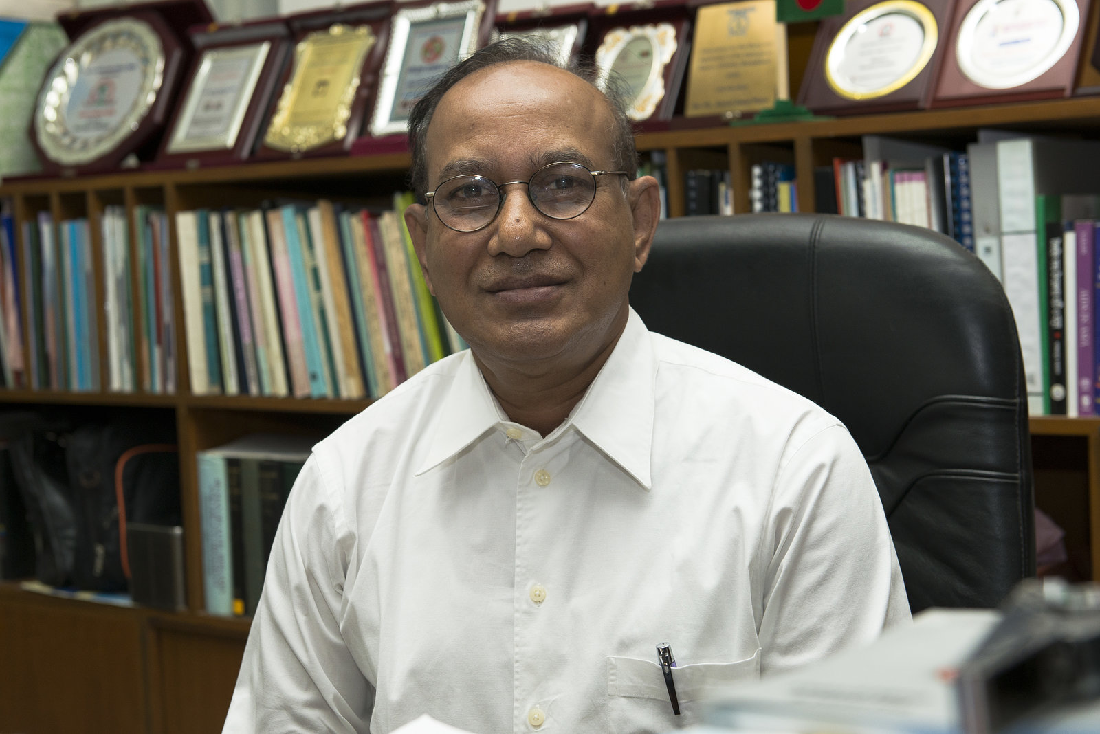 Prof. (DR.) KH Abdul Awal